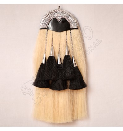White horse hair with Black tessels Sporran