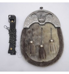 Full Dress Antique Coo Ox Cantle Brown Seal Skin Sporran