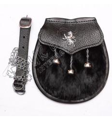 Black rabbit fur with rampart lion badge