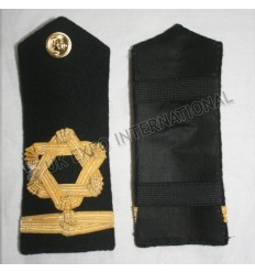 Shoulders & Epaulettes